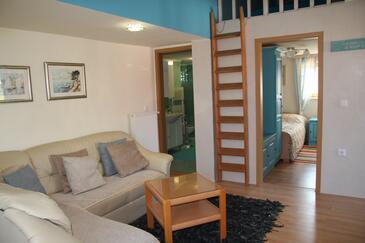 Zadar - Diklo, Dnevna soba v nastanitvi vrste apartment, dostopna klima in WiFi.