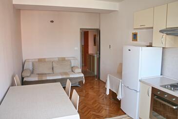 Bilo, Living room in the apartment, WiFi.