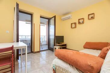Ravni, Nappali szállásegység típusa apartment, légkondicionálás elérhető és WiFi .