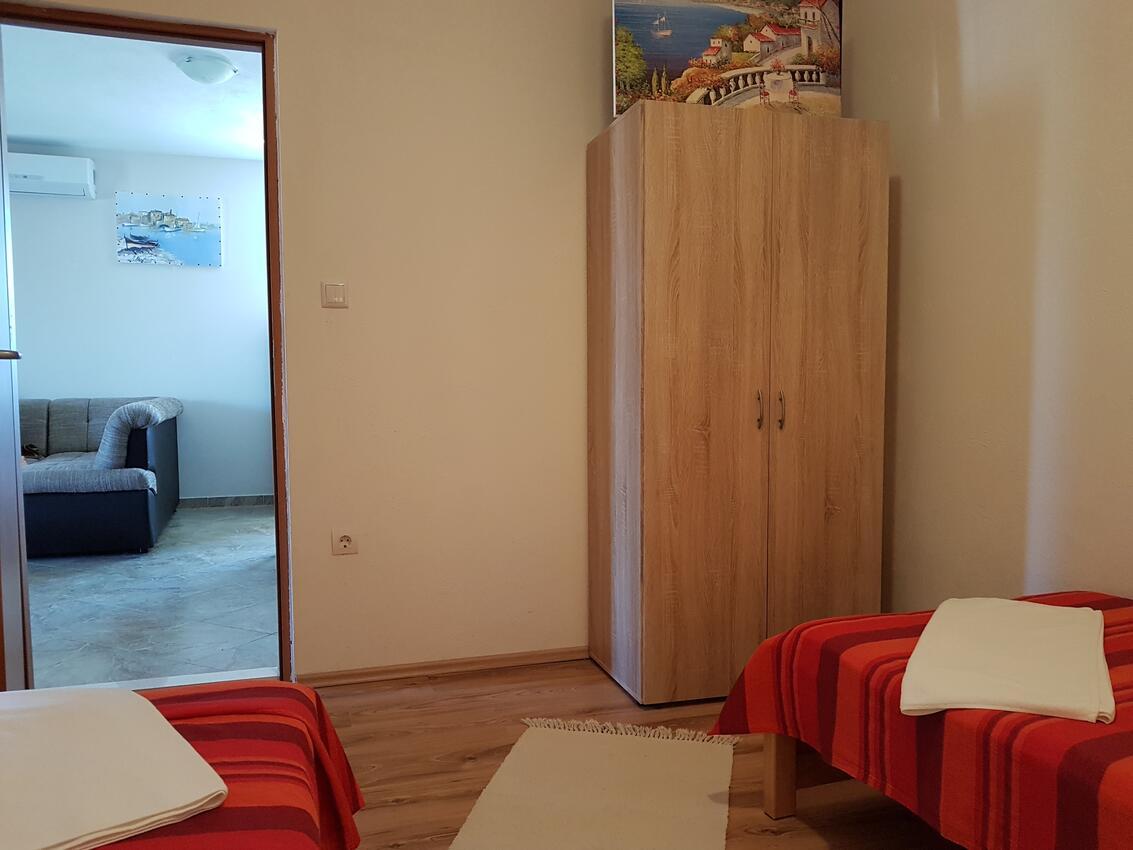 Ferienwohnung im Ort Kanica (Rogoznica), Kapazität 4+1 (2204329), Kanica, , Dalmatien, Kroatien, Bild 12