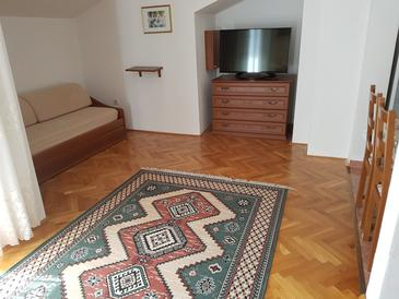 Jadranovo, Woonkamer in the apartment, air condition available en WiFi.