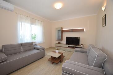 Starigrad, Obývací pokoj v ubytování typu apartment, dostupna klima, dopusteni kucni ljubimci i WIFI.