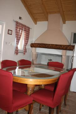 Privlaka, Dining room in the apartment, air condition available, (pet friendly) and WiFi.