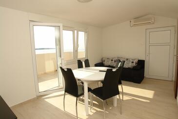 Mandre, Столовая в размещении типа apartment, доступный кондиционер и WiFi.