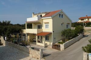 Apartments by the sea Mandre, Pag - 12969