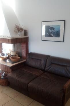 Žinčena, Obývací pokoj v ubytování typu house, domácí mazlíčci povoleni a WiFi.