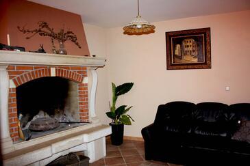 Brest pod Učkom, Obývací pokoj 1 v ubytování typu house, WIFI.