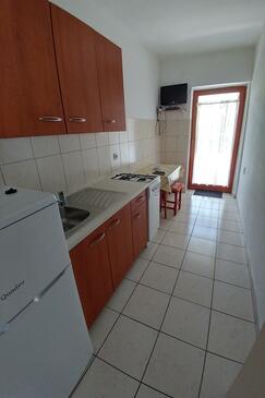 Novalja, Kitchen in the apartment, WiFi.