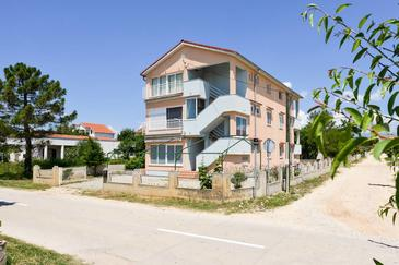 Vrsi - Mulo, Zadar, Property 13067 - Apartments with pebble beach.