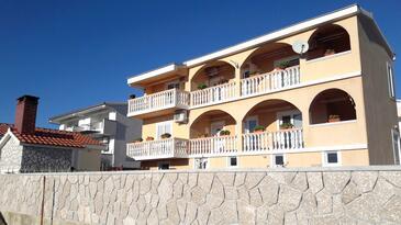 Rtina - Miočići, Zadar, Объект 13072 - Апартаменты с галечным пляжем.