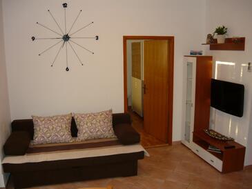 Zaton, Sala de estar in the apartment, WiFi.