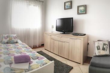 Vir, Obývacia izba v ubytovacej jednotke apartment, WiFi.