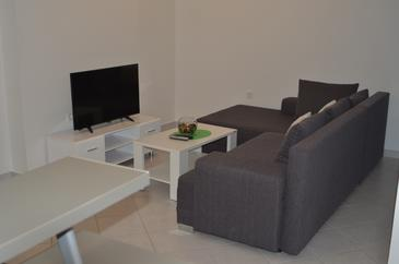 Podstrana, Obývacia izba v ubytovacej jednotke apartment, dostupna klima i WIFI.