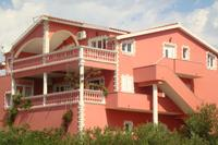 Апартаменты с парковкой Tribunj (Vodice) - 13137