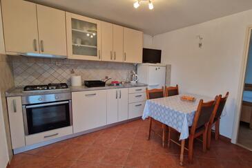 Žuronja, Cucina nell'alloggi del tipo apartment, animali domestici ammessi e WiFi.