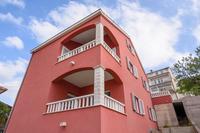 Апартаменты с парковкой Trogir - 13207