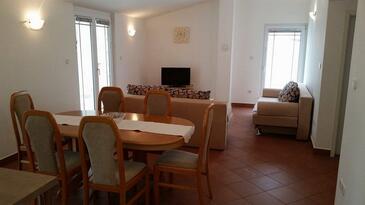 Zaton, Obývacia izba v ubytovacej jednotke apartment, klimatizácia k dispozícii a WiFi.