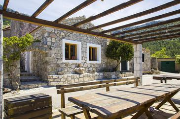 Tomislavovac, Pelješac, Property 13280 - Vacation Rentals with pebble beach.