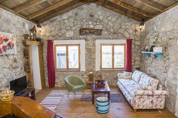 Tomislavovac, Obývacia izba v ubytovacej jednotke house, klimatizácia k dispozícii, domáci miláčikovia povolení a WiFi.