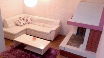 Murine, Living room 1 in the apartment, dopusteni kucni ljubimci i WIFI.