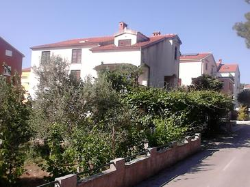 Zadar - Diklo, Zadar, Objekt 13327 - Ubytovanie s kamienkovou plážou.