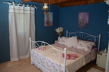 Bedroom    - K-13332