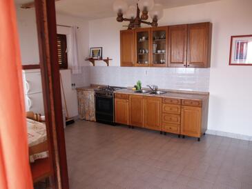 Brna - Vinačac, Bucătărie în unitate de cazare tip apartment, animale de companie sunt acceptate şi WiFi.