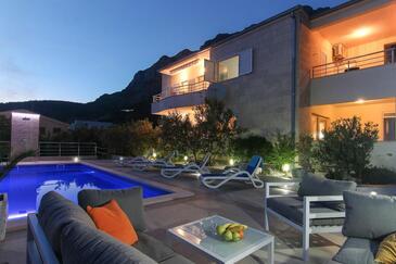 Makarska, Makarska, Объект 13379 - Апартаменты с галечным пляжем.