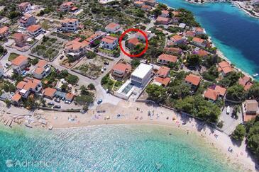 Ražanj, Rogoznica, Объект 13404 - Апартаменты вблизи моря с галечным пляжем.