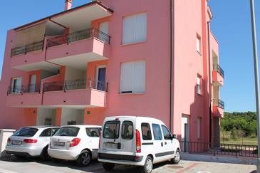 Pula, Pula, Property 13416 - Apartments with pebble beach.