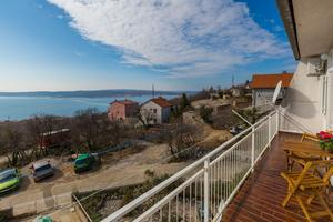 Apartments with a parking space Crikvenica - 13450