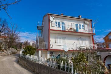 Crikvenica, Crikvenica, Objekt 13450 - Apartmani sa šljunčanom plažom.