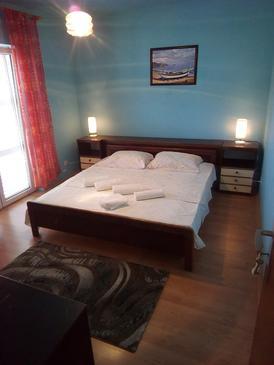 Jelsa, Dormitor în unitate de cazare tip room, WiFi.