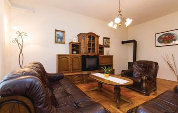 Kršan, Obývací pokoj v ubytování typu apartment, dostupna klima, dopusteni kucni ljubimci i WIFI.