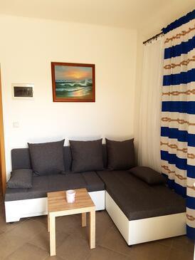 Nin, Obývací pokoj v ubytování typu apartment, domácí mazlíčci povoleni a WiFi.