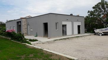 Nin, Zadar, Объект 13571 - Апартаменты с песчаным пляжем.
