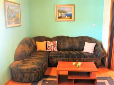 Kaštel Stari, Living room in the apartment, dopusteni kucni ljubimci i WIFI.