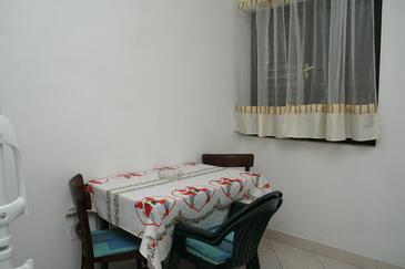 Sućuraj, Dining room in the apartment, WIFI.