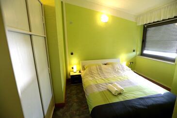 Pirovac, Spálňa v ubytovacej jednotke room, dostupna klima, dopusteni kucni ljubimci i WIFI.
