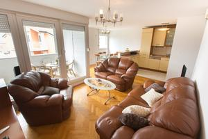 Apartments with WiFi Split - 13669