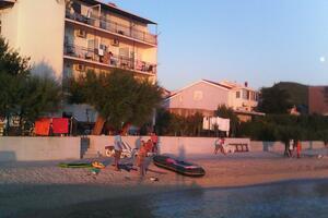 Family friendly seaside apartments Podstrana (Split) - 13725