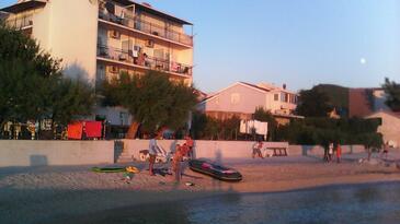 Podstrana, Split, Property 13725 - Apartments near sea with pebble beach.
