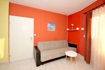 Okrug Donji, Obývacia izba v ubytovacej jednotke apartment, klimatizácia k dispozícii a WiFi.