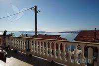 Apartments with a parking space Senj - 13733