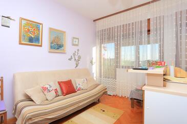 Kaštel Lukšić, Obývací pokoj v ubytování typu apartment, WIFI.