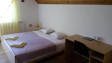 Bedroom 2   - K-13741