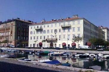 Rijeka, Rijeka, Obiekt 13746 - Apartamenty przy morzu ze żwirową plażą.
