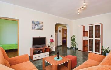 Fažana, Obývací pokoj v ubytování typu apartment, dostupna klima i WIFI.