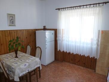Ugljan, Столовая в размещении типа apartment, WiFi.