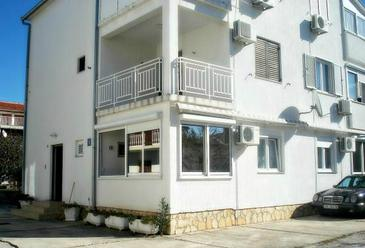 Vodice, Vodice, Property 13769 - Apartments with pebble beach.